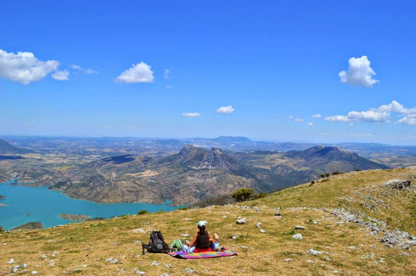 Hike up the Cerro Coros mountain Grazalema